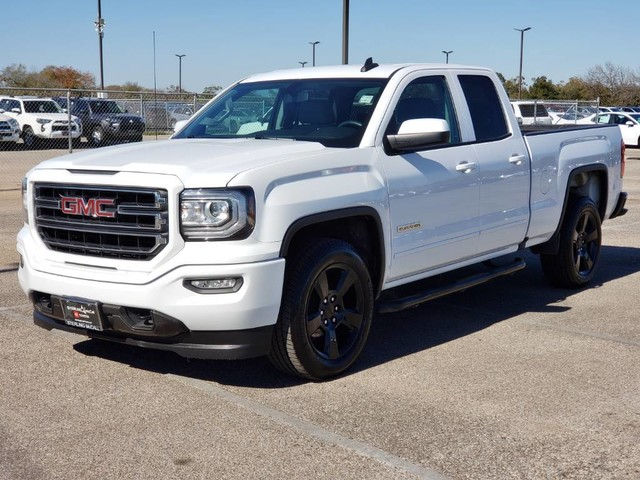 Sterling Mccall Gmc >> Pre Owned 2017 Gmc Sierra 1500 Standard Bed Offsite Location
