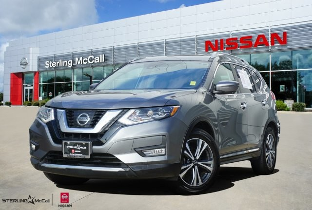 Pre-Owned 2017 Nissan Rogue SL *** SUNROOF ***
